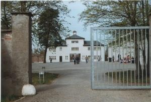3325f17-sachsenhausen-turm